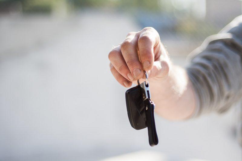 Försäkra annans bil