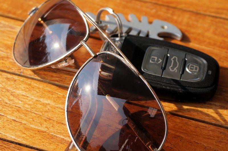Försäkra bil på helgen